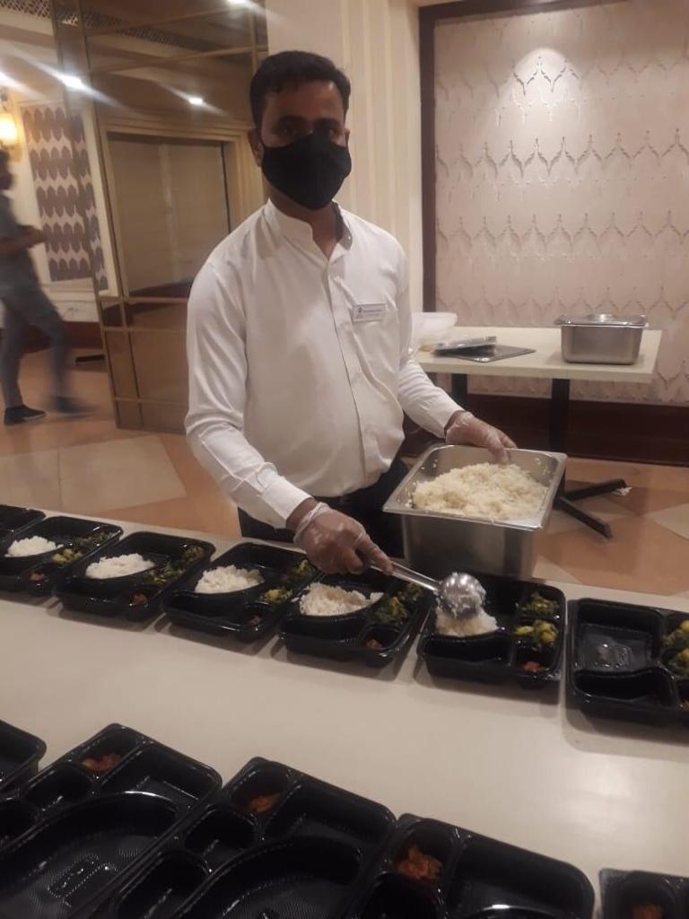 Viraj COVID Food drive for COVID Patients (1)
