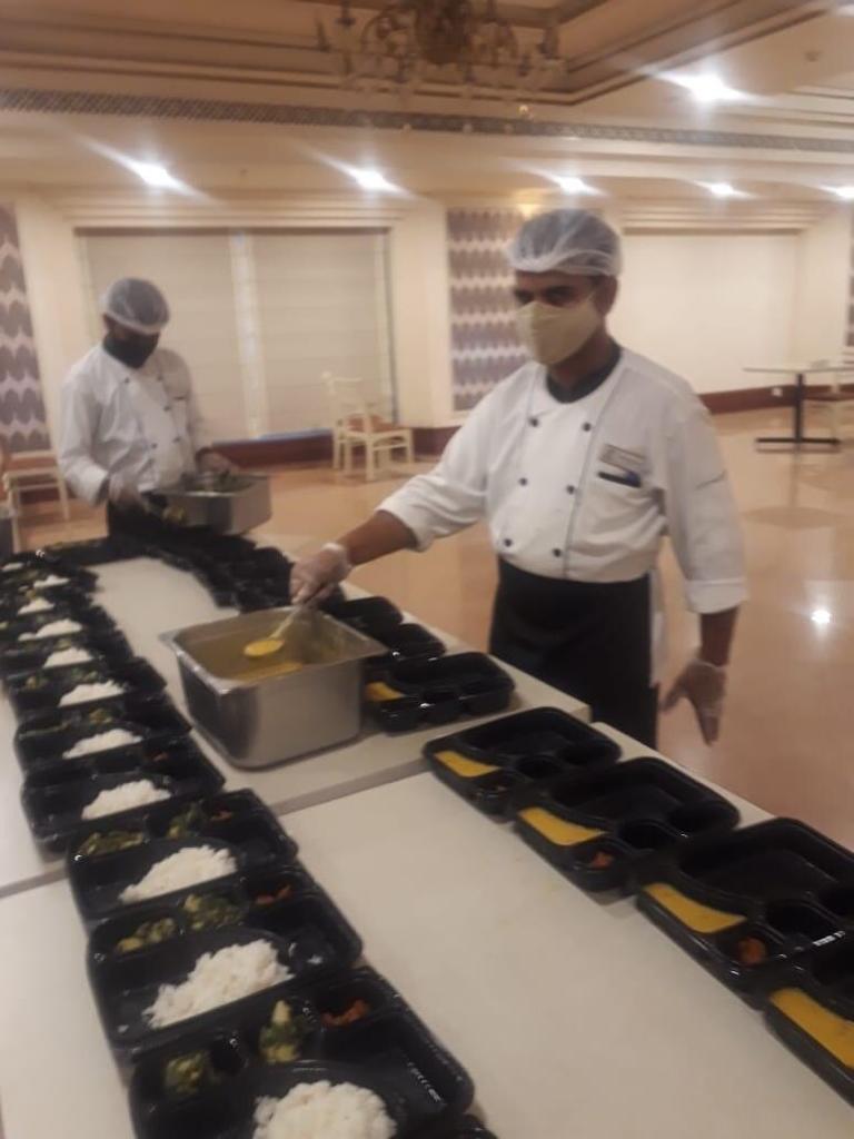 Viraj COVID Food drive for COVID Patients (2)